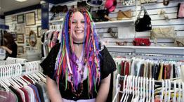 Volunteer Lauren Daniels at our Mumbles shop © Joe MurphyRSPCA photolibrary