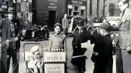 Volunteers fundraising for the RSPCA in street circa 1940 © RSPCA Photolibrary